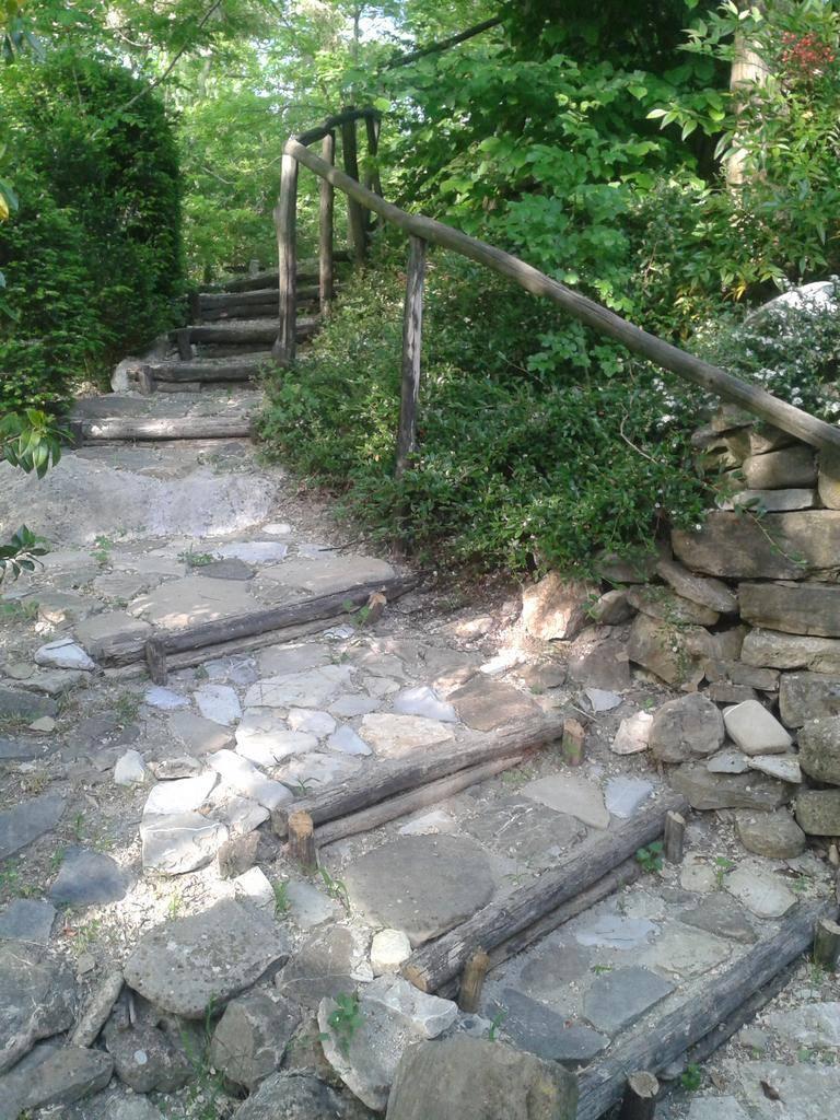 Cerezzola – Pavimentazione e opere murarie